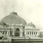 La mémoire de Louis Sullivan à Chicago s'enfuit en volutes nostalgiques