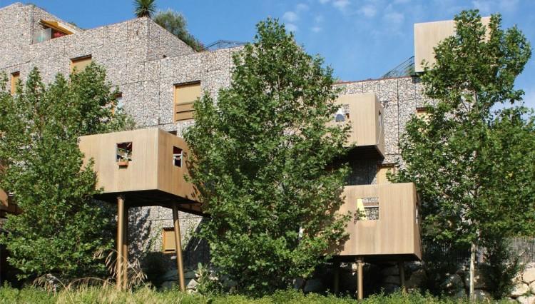 En 15 ans, les arbres ont poussé, pas l'immeuble @Edouard François