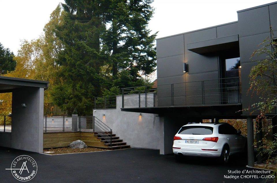 petite maison d architecte sn82 humatraffin. Black Bedroom Furniture Sets. Home Design Ideas