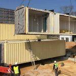 Vivre en France : de la maison phénix au conteneur maritime