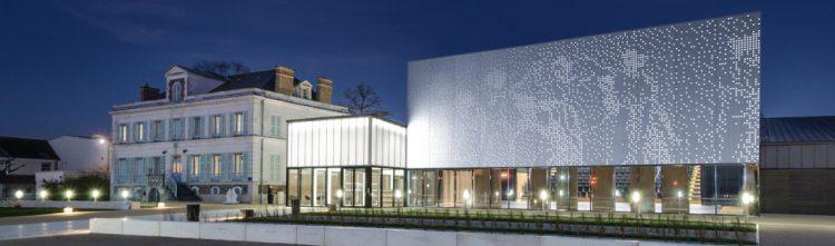 Théâtre de Monéteau (89), 3 800 habitants, par ARCHITECTE[S] @ARCHITECTE(S)