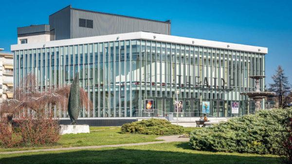 Théâtre Maurice Novarina en toute transparence, par Wimm Architectes