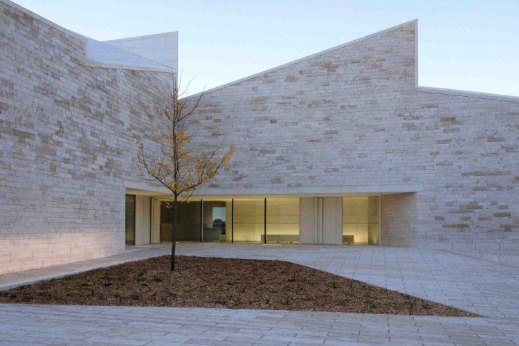 Pôle culturel à Vertou (44), 22 000 habitants, par Atelier Fernandez&Serres @Fernandez&Serres