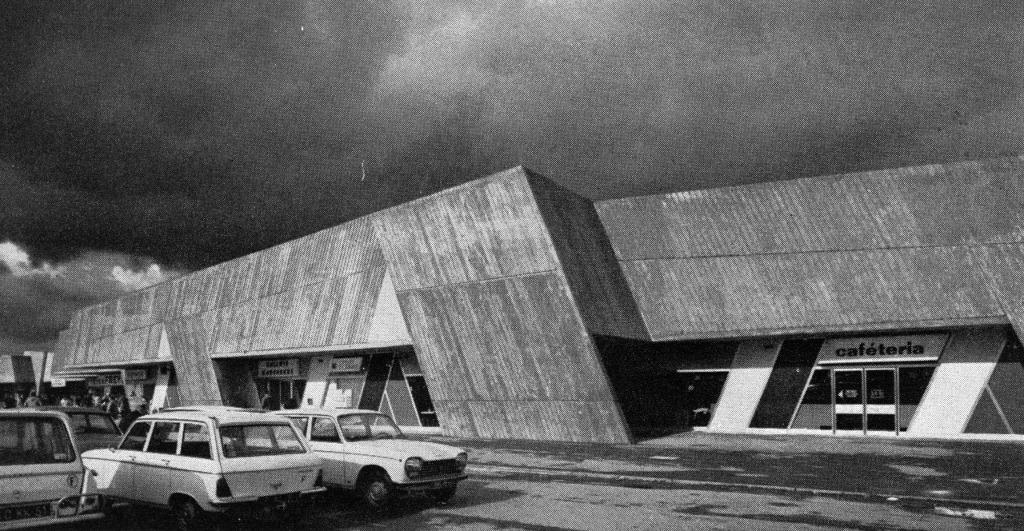 les architectes r concili s avec les centres commerciaux chroniques d 39 architecture. Black Bedroom Furniture Sets. Home Design Ideas