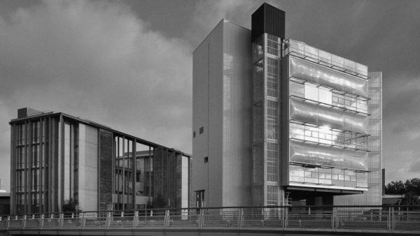 LA MRI, une cité des sciences translucide mais pas invisible