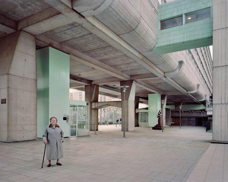Josette, 90 ans, Vision 80, Esplanade de La Défense (2015)