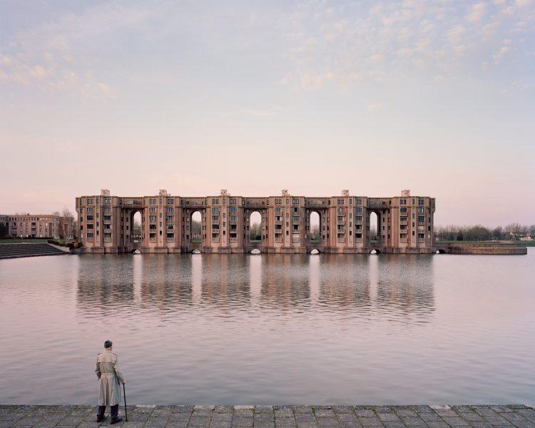 Jacques, 82 ans, Le Viaduc et les Arcades du Lac, Montigny-le-Bretonneux (2015) @ Laurent Kronental