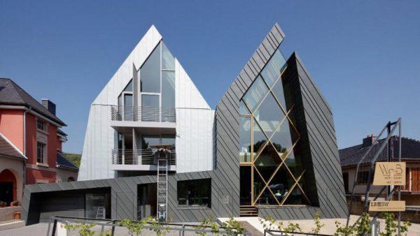 Au Luxembourg, l'agence d'archi est à côté de la banque