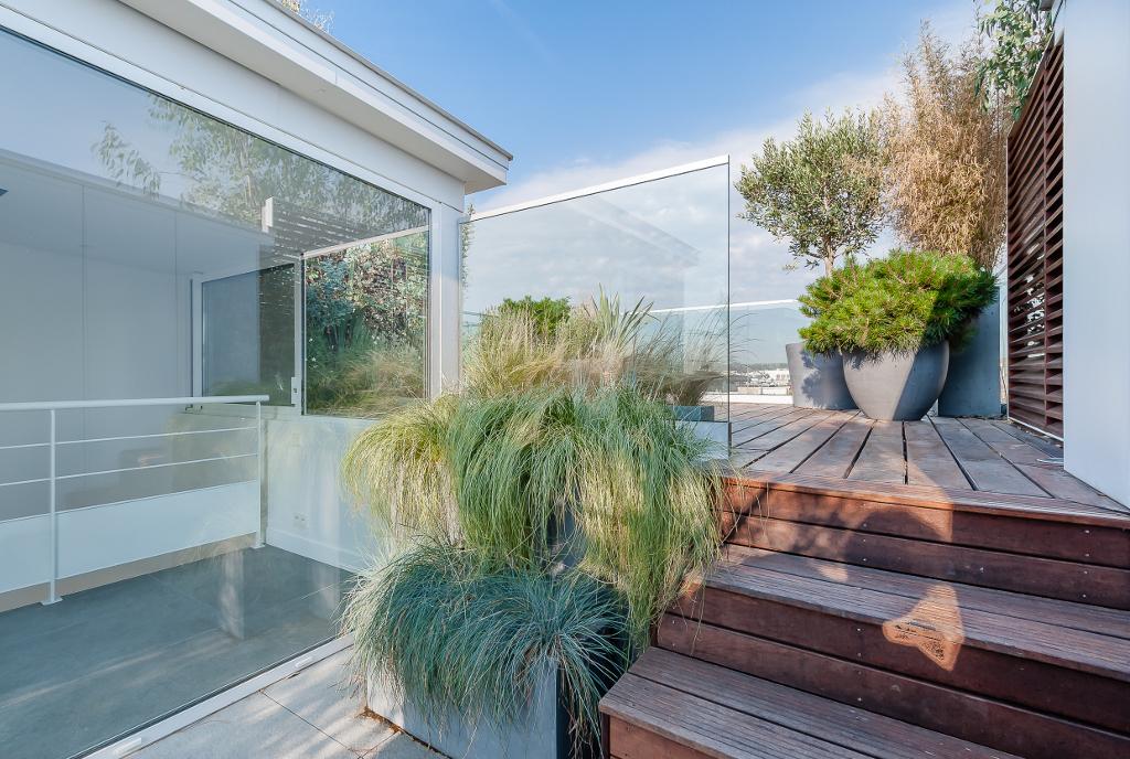 Etonnantes maisons en ville par studio vincent eschalier - Maison moderne toronto par studio junction ...