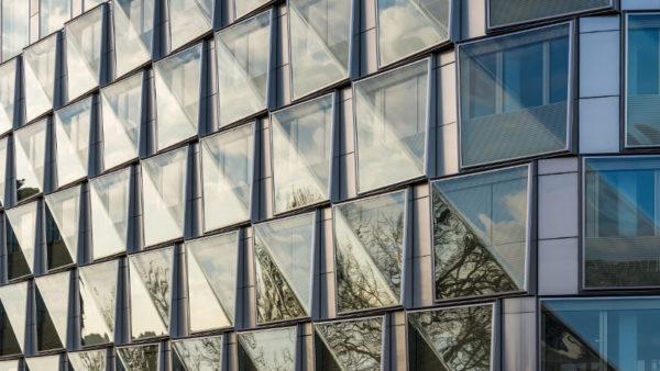 Diagonale technique par VS-A pour un bâtiment cristallin