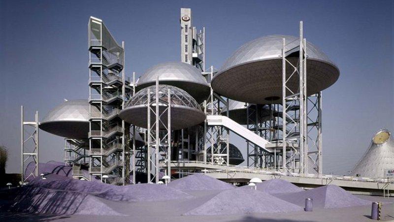 Les châteaux dans le ciel français des architectes japonais