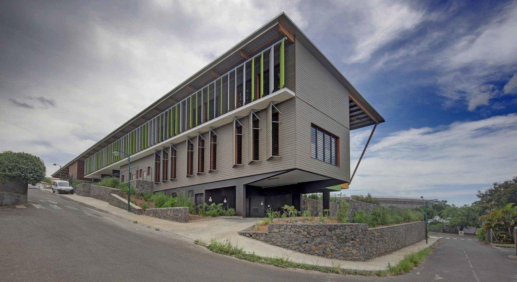 Aventure Bioclimatique Tropicale à La Réunion Avec Antoine Perrau