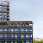 A Strasbourg, surgissent des cygnes noirs