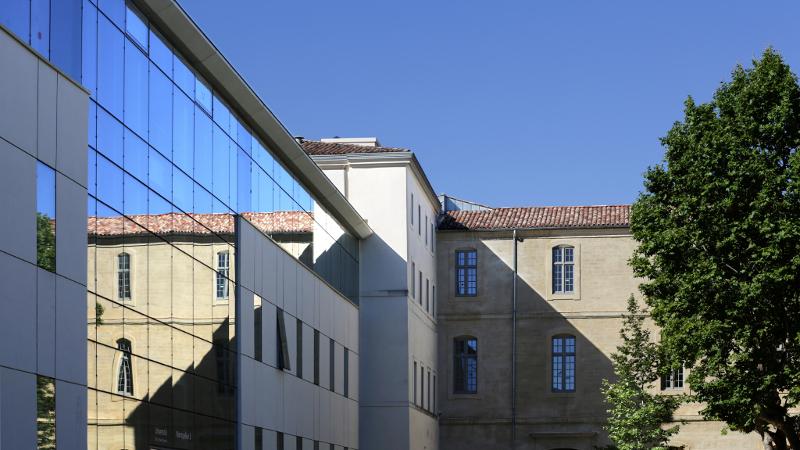 Un centre de recherche à l'hospice, par Hellin-Sebbag