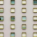 Conférence du consensus dédiée au logement : carte de vœux à la Prévert