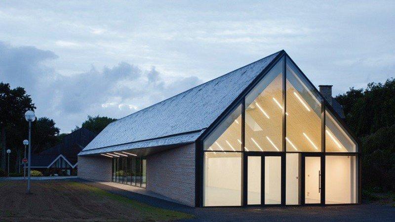 Un bâtiment multifonction à Minihic-sur-Rance signé Atelier 56S