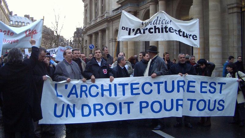 Ding dong, pour les architectes, c'est l'heure de la mobilisation
