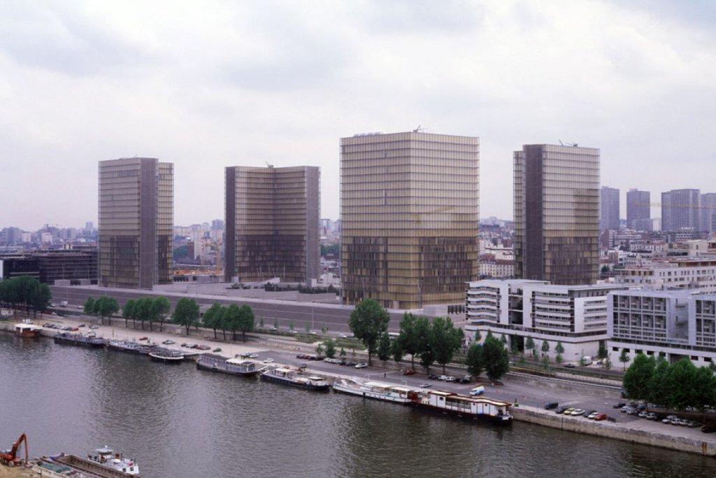 Dominique perrault la bnf portrait d un projet 1988 1998 for Projet architectural definition