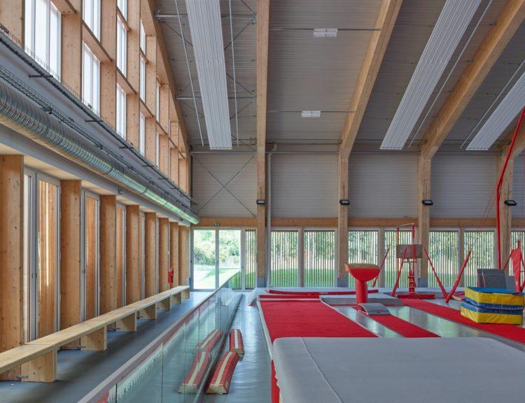 la salle de sport un mat riau urbain selon ligne 7 ritaly lardeau. Black Bedroom Furniture Sets. Home Design Ideas