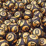 Pour le patrimoine français, les boules de Stéphane Bern