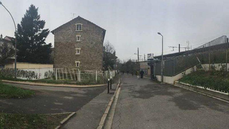 01-bis-Vue-de-l'acces-sud-Gare-de-Melun-@-SNCF
