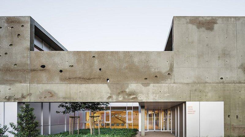 Centre de consultation et de soins, par Richter architectes