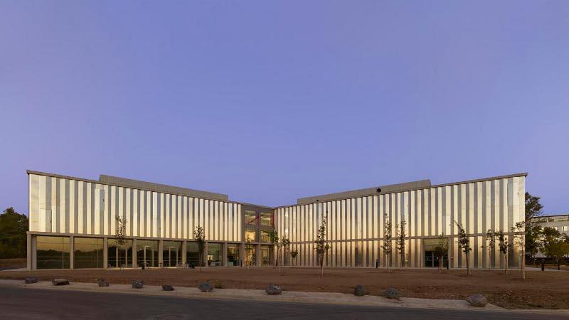 Le Campus ENOVA, construit par TAA, un ouvrage Enovant ?