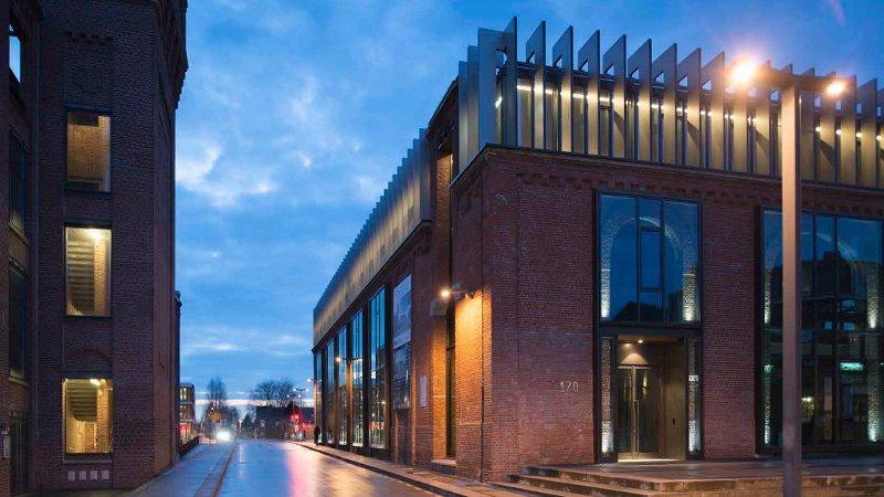 Le Bâtiment Place : usine Blan-Lafont devenue plateau de recherches