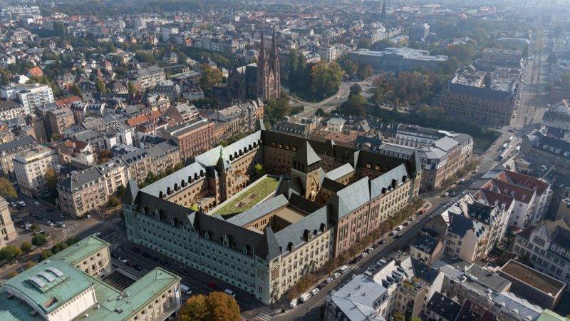 A l'hôtel des Postes de la Neustadt, architecture d'intérieur ?