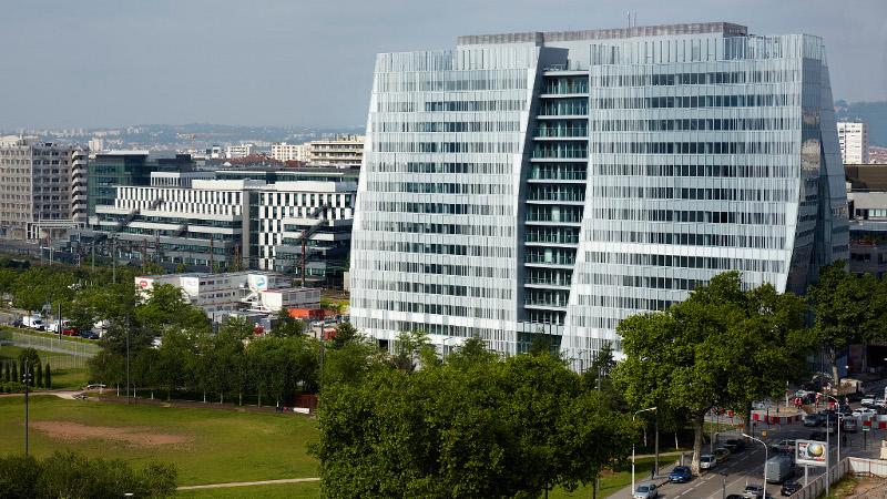 SKY 56, tour de services à Lyon, par Chaix & Morel et AFAA