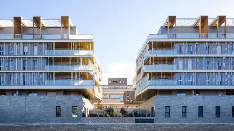 Luminiscence à Montpellier de NBJ ou le parc Marianne en terrasse