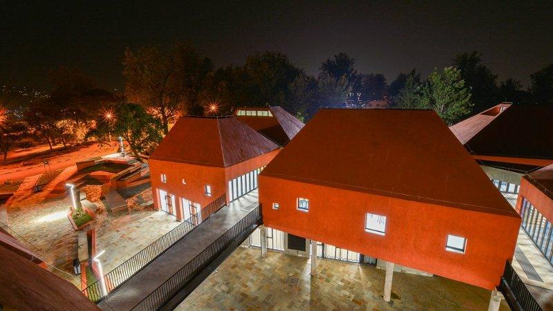 L'école d'architecture de Kigali ou les pyramides de S&AA
