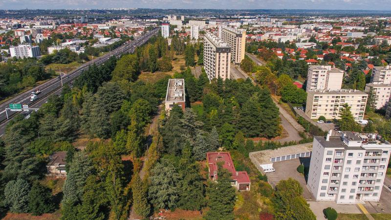 A Lyon, logements et bureaux à la place de la caserne Raby