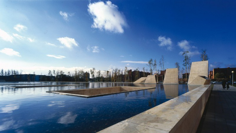 Jordi Badia (Baas arquitectura) - la façade appartient à l'espace public