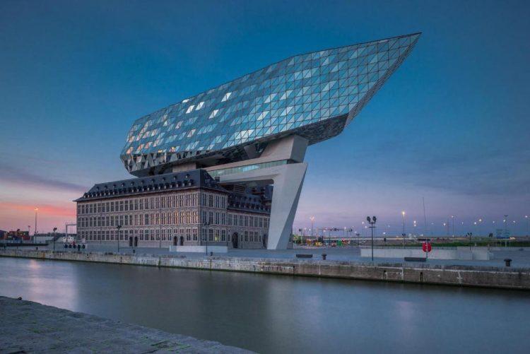 Maison du port Zaha Hadid