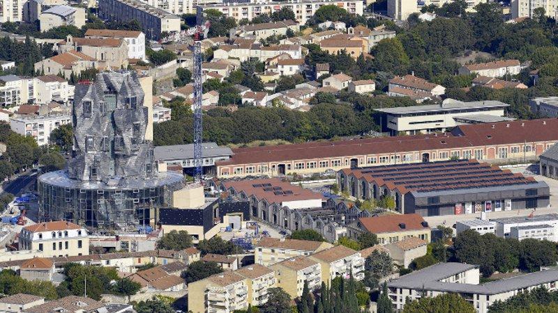 Gehry plein phare à Arles, tout le monde n'est pas ébloui