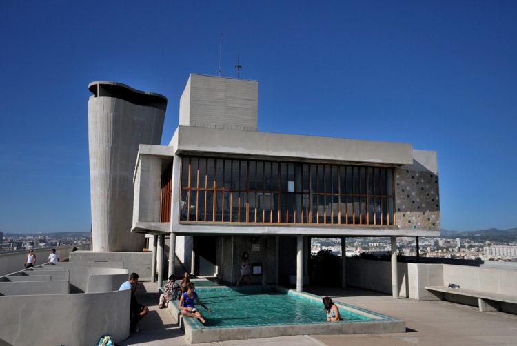 Le-Corbusier-Marseille_Citee_radieuse
