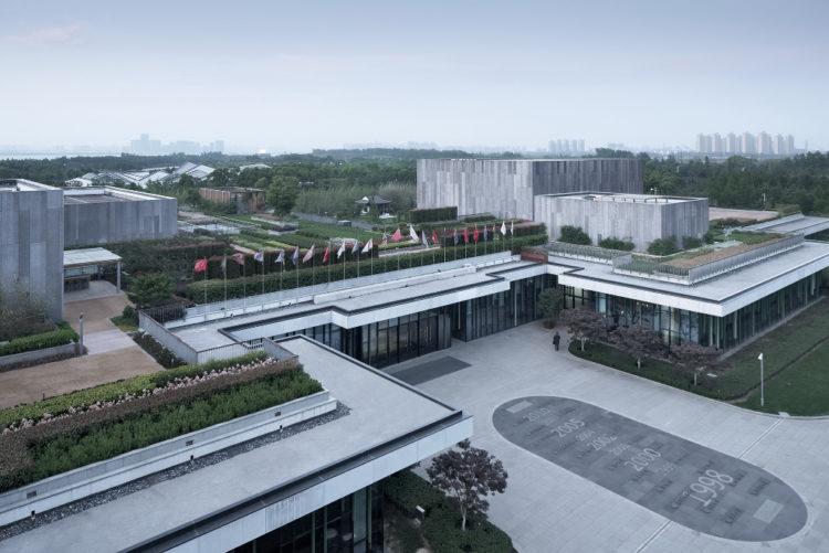 Cyrus Tang Birdview of roof garden@Zhao Qiang
