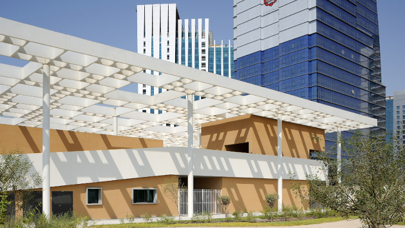 Segond-Guyon fait de l'ombre au Lycée Louis Massignon d'Abu Dhabi
