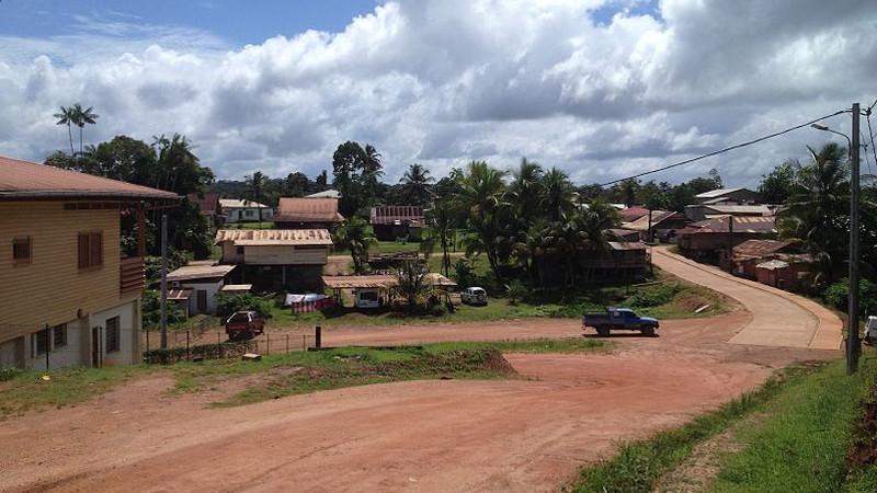 Plan Guide dans la forêt de Maripasoula, en Guyane