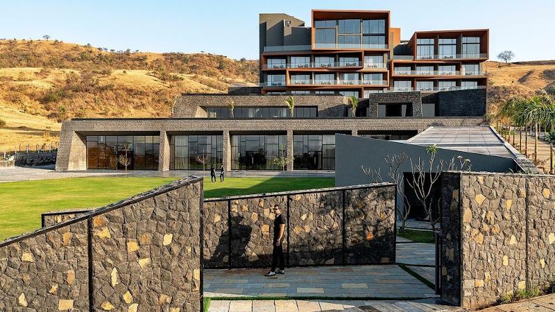 A Nashik, en Inde, l'Aria Hotel de Sanjay Puri, est une ode au génie local