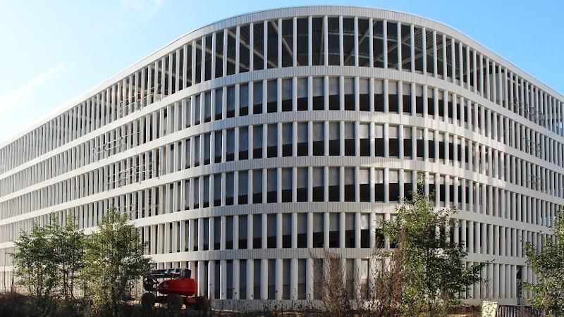 Le parking mutualisé à Paris-Saclay livré par GaP Architectes, un DReAM ?