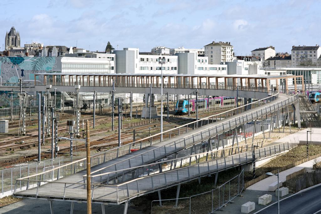 Pont Gare Saint-Laud Angers