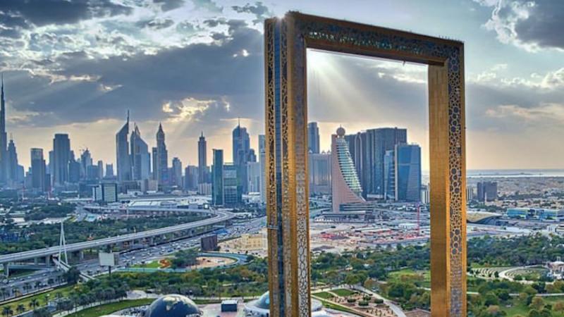 Dubaï Frame ou le vernis d'Adapta Color
