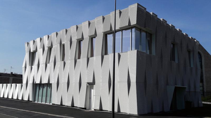 Bâtiment contemporain pour Musiques Actuelles à Cambrai signé Coldefy