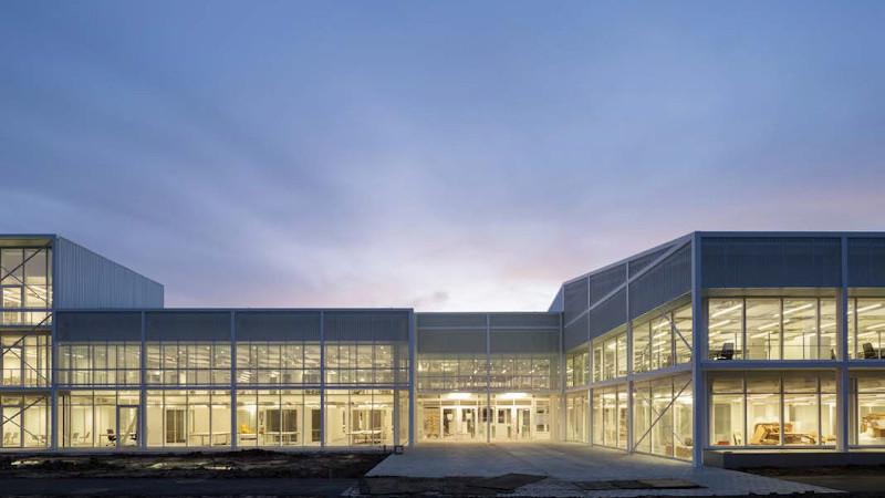 Bureaux Additi, à Rennes, par Kraft Architectes : seconde peau, seconde chance