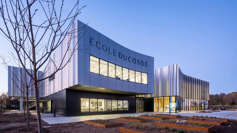 A Meudon, l'École Ducasse consacrée au goût d'Arte Charpentier