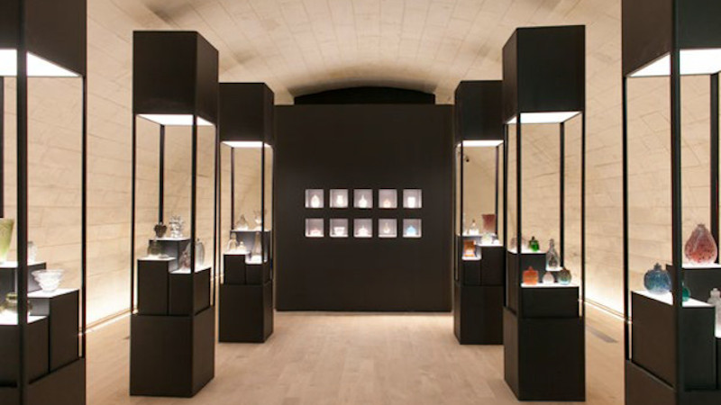 Musée d'art moderne de Fontevraud, signé 2BDM