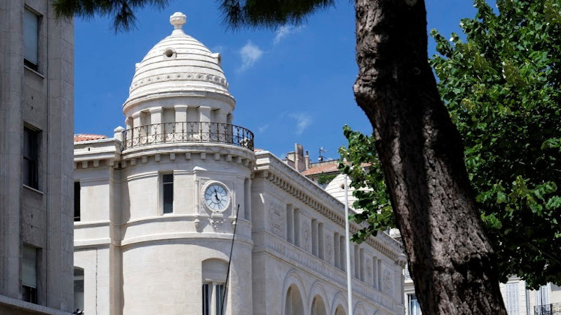 A Marseille, Roland Carta fidèle à la Poste