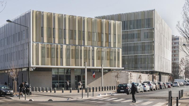 Commissariat et LPS75 par Ameller Dubois à Saint-Denis